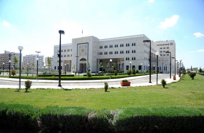 قرار بتكليف باسل نيوف مديراً للمكتب الصحفي في رئاسة الوزراء