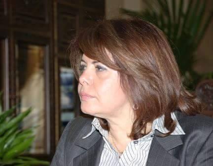 وزيرة سابقة: دعم العملة بشعارات ومبادرات تفتقد للأسس الاقتصادية ليس أكثر من ذر الرماد في العيون