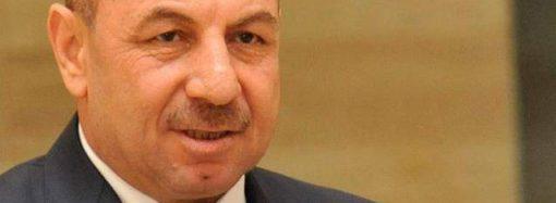 حاكم مصرف سورية المركزي السابق يطرح تساؤلات حول السلع المستوردة وآلية تسعيرها