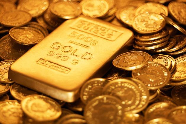 الذهب وصل اليوم إلى 37500 ليرة.. جزماتي: حركة البيع معدومة ونتوقع انخفاض تدريجي له