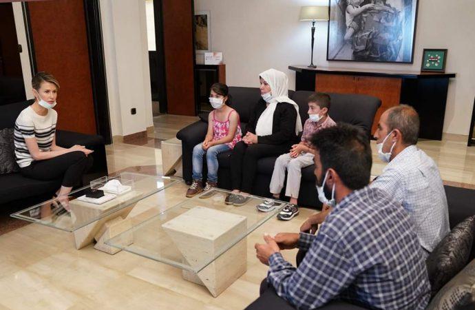 السيدة الأولى تستقبل عائلة الطفلة سيدرا زيدان