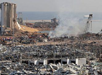 صحيفة لبنانية: القاضي المكلف بالتحقيق في انفجار بيروت يعتزم التنحي