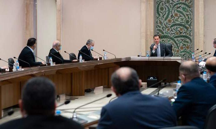 الرئيس الأسد لأعضاء المجلس الأعلى للإدارة المحلية: اللامركزية قبل أن تبدأ بالقانون يجب أن تبدأ بالممارسة والمشاركة الفعلية